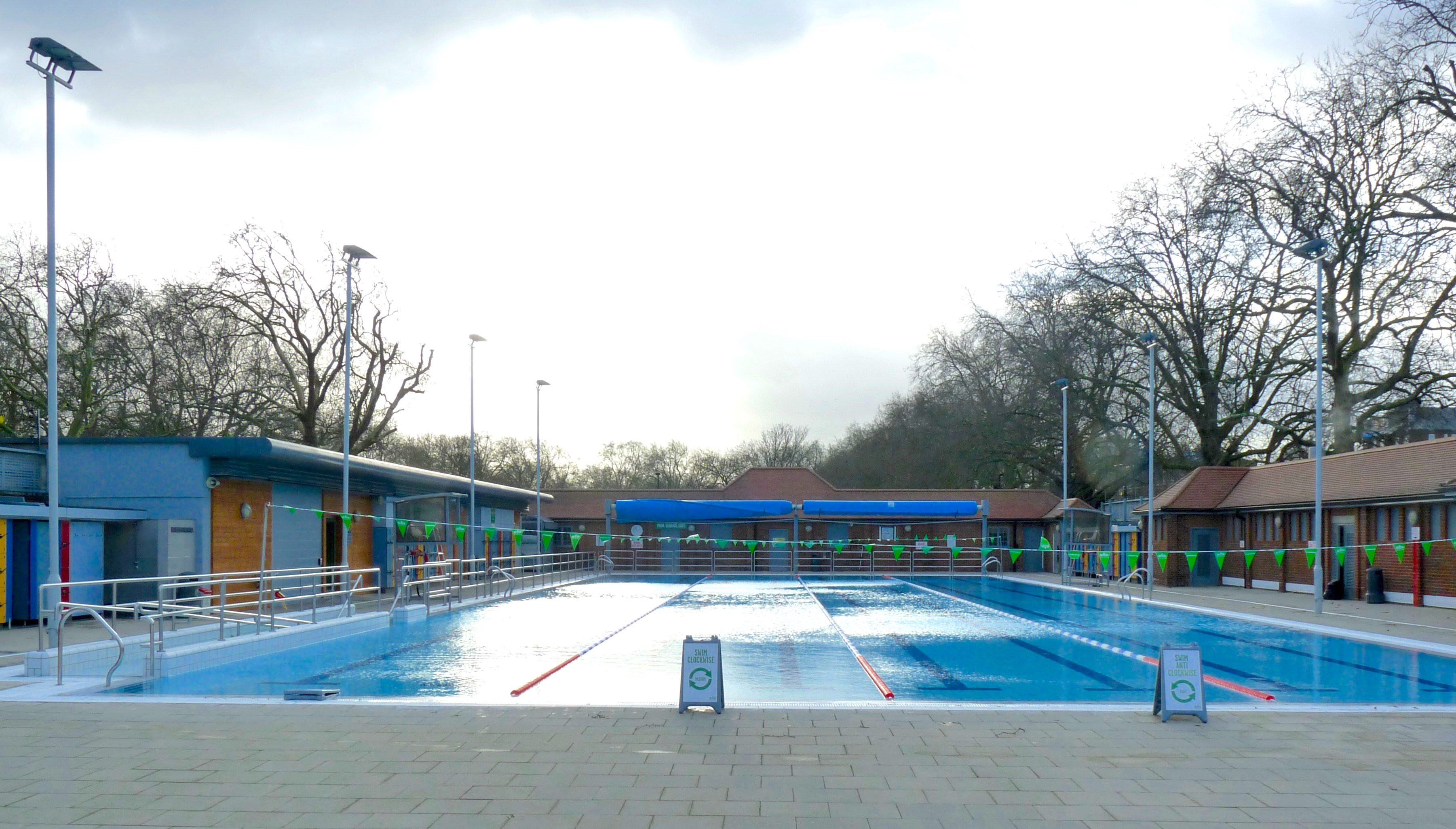 London Fields Lido Sink Or Swim For Refurbished Pool As Watershed Moment Approaches Loving